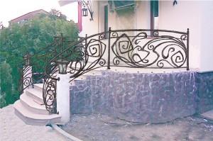 Кованая лестница главный вход