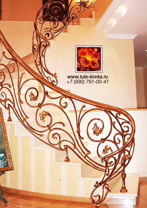 Эскизы и рисунки красивых кованых лестниц